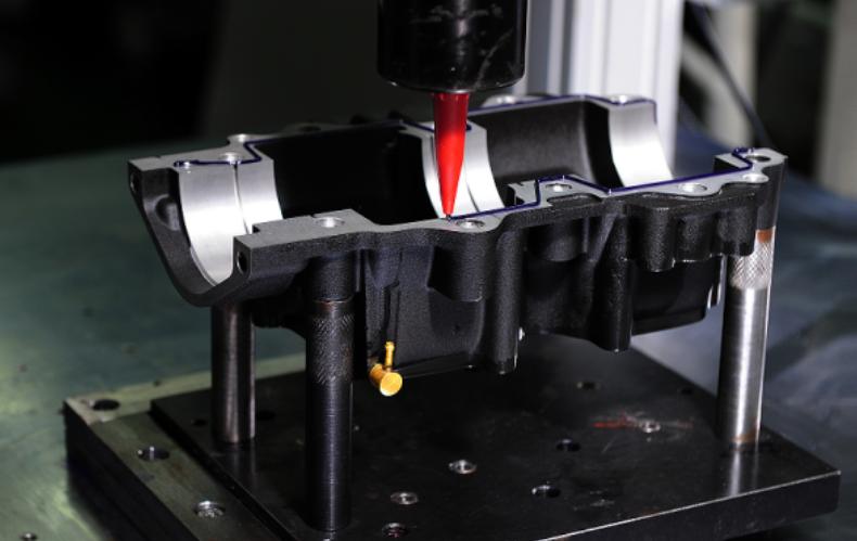 פס היצור של Hidea: הדבקת sevro-shift לאטמי המנוע.