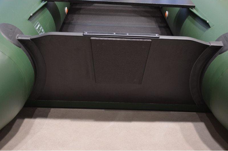 דף ירכתיים למנוע - טרנסום קשיח בסירת גומי קוליברי