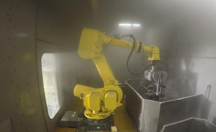 ניקוי רובוטי בפס היצור של Hidea